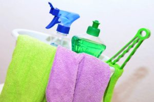 USING THE RIGHT CLEANING AGENT