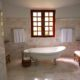 THE HOUSE CLEANING SERIES TIPS: THE BATHROOM